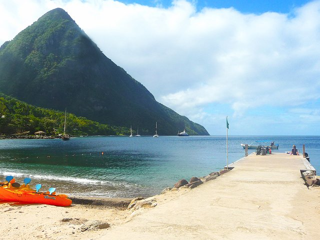 Location St Lucia In Caribbean: Marina With Yachts And Jetty As Filming Location On